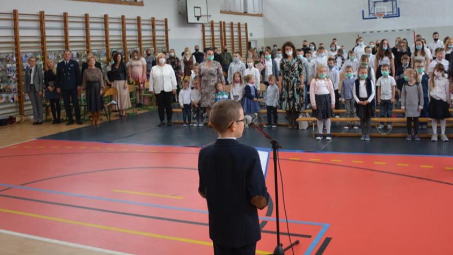 Dzień Edukacji Narodowej i 35-lecie szkoły w Drzonowie